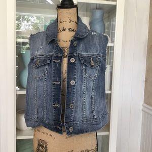 TORRID Cropped Denim Distressed Vest